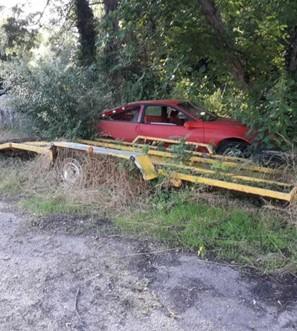 Dépôt sauvage de voitures à Portieux